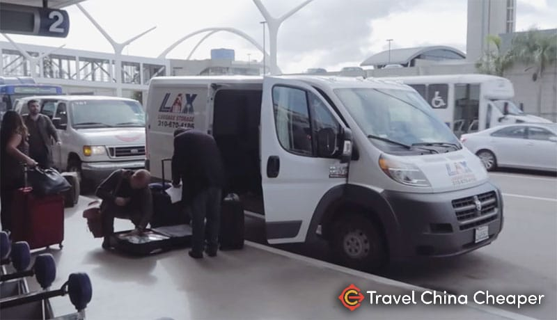 The Airmule van at LAX airport dropping off the luggage