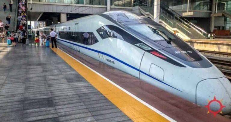 A high speed Beijing to Xian train