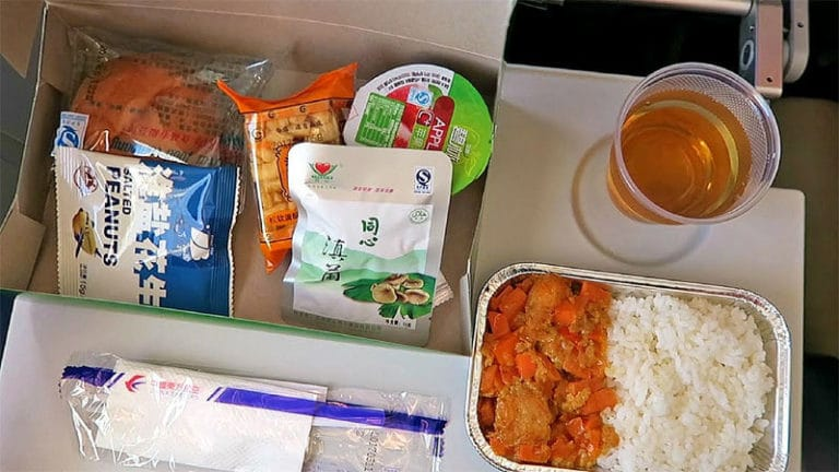 what a typical meal on a china eastern flight looks like