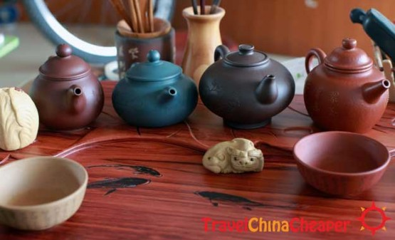 """The classic """"tea house"""" scam and how to avoid it"""